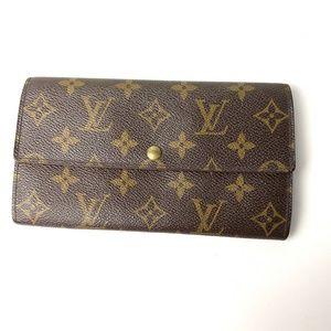 Louis Vuitton Authentic Monogram Sara Wallet